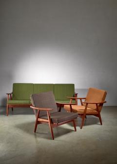 Hans Wegner Hans Wegner lounge set with pristine original upholstery Denmark - 1133780