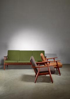 Hans Wegner Hans Wegner lounge set with pristine original upholstery Denmark - 1133782