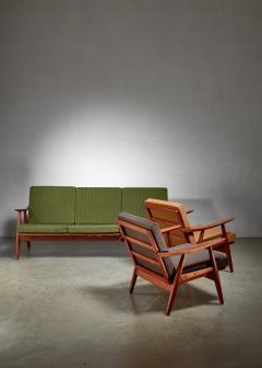 Hans Wegner Hans Wegner lounge set with pristine original upholstery Denmark - 1133783