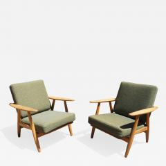 Hans Wegner Pair of Oak GE 240 Lounge Chair by Hans Wegner for GETAMA - 673969