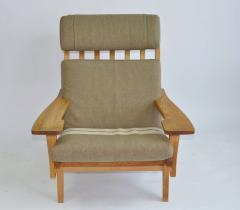 Hans Wegner Pair of Wide Arm Lounge Chairs by Hans Wegner - 352096