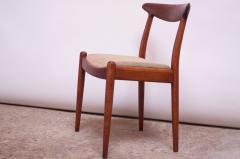 Hans Wegner Set of Six Hans Wegner W2 Dining Chairs for C M Madsen in Oak - 1083631