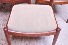 Hans Wegner Set of Six Hans Wegner W2 Dining Chairs for C M Madsen in Oak - 1083633