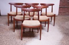 Hans Wegner Set of Six Hans Wegner W2 Dining Chairs for C M Madsen in Oak - 1083637