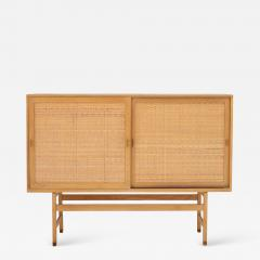 Hans Wegner Tall sideboard in oak - 1045760