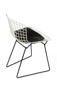 Harry Bertoia Harry Bertoia Childs Chairs in White with Original Knoll Seat Pads USA 1960s - 1604227