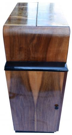 Heavily Figured Walnut 1930s Art Deco Bureau - 962063