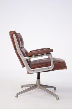 Herman Miller Herman Miller Chairs Model Soft Pad in Brown Leather and Steel - 2136885