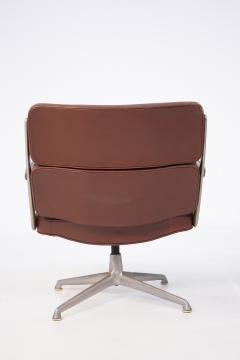 Herman Miller Herman Miller Chairs Model Soft Pad in Brown Leather and Steel - 2136889