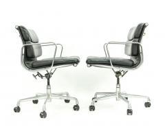 Herman Miller Seven Herman Miller Soft Pad Office Chairs - 1801105