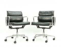 Herman Miller Seven Herman Miller Soft Pad Office Chairs - 1801106