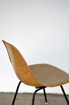 Herman Miller Single Fiberglass Encasted Fabric Mesh Chair by Eames for Herman Miller - 974445