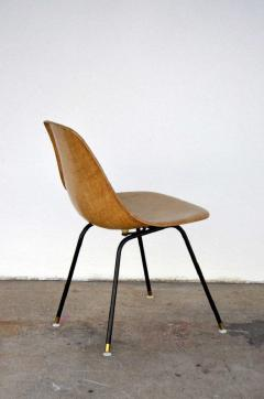 Herman Miller Single Fiberglass Encasted Fabric Mesh Chair by Eames for Herman Miller - 974448