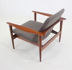 High Style Scandinavian Modern Armchair - 1051256