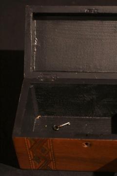 Historicism Casket Box Walnut Maple and Plum South Germany circa 1880 - 1612377