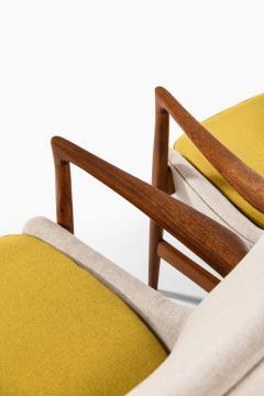 Ib Kofod Larsen Easy Chairs Model 4346 Produced by Fritz Hansen - 1997046