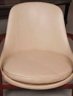 Ib Kofod Larsen Elizabeth Chair by Ib Kofod Larsen in Teak and Leather - 169469