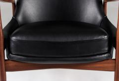 Ib Kofod Larsen Mid Century Scandinavian Lounge Chair Seal Chair by Ib Kofod Larsen - 851082