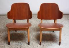Ib Kofod Larsen Pair of Danish Sculptural Shell Chairs by Ib Kofod Larsen in Teak and Beech - 877624