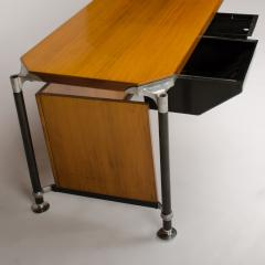 Ico Parisi A veneered walnut Italian Ico writing desk circa 1960 - 1697333