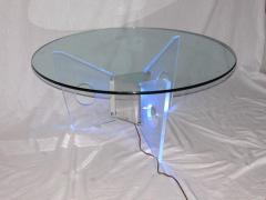 Illuminated Lucite Coffee Table circa 1970 - 572651