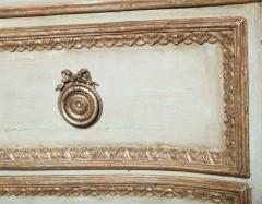 Important Italian Neoclassic Painted and Parcel Gilt Commode - 396572
