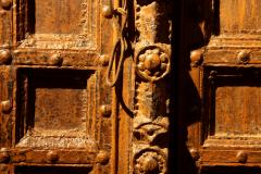 Impressive Set of Carved Indian Doors with Thick Surround - 1844897
