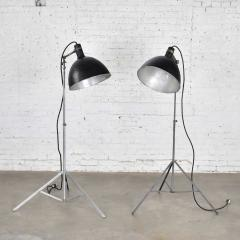Industrial pair of photographers floor lights tripod base aluminum steel - 1693056