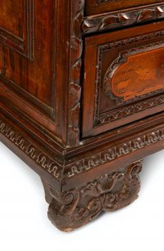 Italian 17th Century Marquetry Commode - 1473818