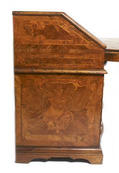Italian 18th Century Desk - 328700