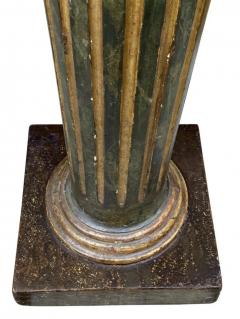 Italian Neoclassic Green Painted And Giltwood Pedestal - 1759899