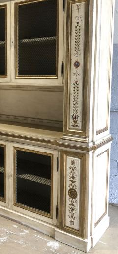 Italian Neoclassic Style Cream Painted and Parcel Gilt Breakfront Bookcase - 1464959