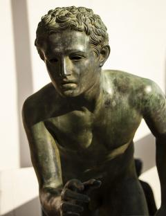 Italian School Nude Male Runner Classical Bronze After the Antique - 1206024