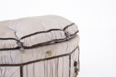 Italian School Pouf Italian Gray Containers in Gilded Wood and Silk early 20th Century - 2052898