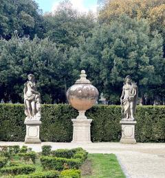 Italian Stone Garden Sculptures of Roman Mythological Subject Minerva - 1661344