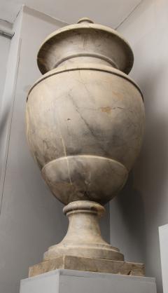 Italian pair of Neoclassical Marble Vases Serracolin Versailles - 1964035