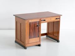 J J Buskes J J Buskes Art Deco Desk in Oak and Macassar Ebony Netherlands 1925 - 1497199