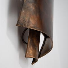 Jacques Couelle Illuminating Brutalist Wall Lamp in Folded Copper Leaf - 1688408