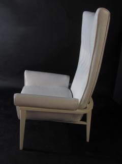 James Mont American Modern High Back Button Tufted White Lacquer Lounge Chair James Mont - 1387749