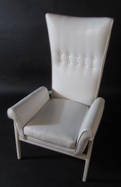 James Mont American Modern High Back Button Tufted White Lacquer Lounge Chair James Mont - 1387751