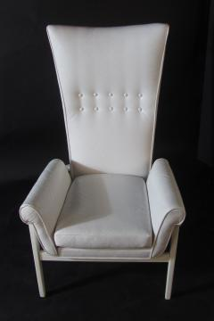 James Mont American Modern High Back Button Tufted White Lacquer Lounge Chair James Mont - 1387753