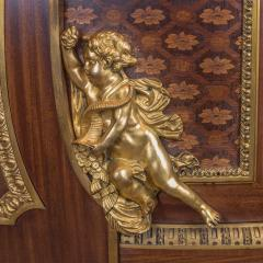 Jean Henri Riesener Armorial Commode with Marble Top - 1990979