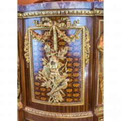 Jean Henri Riesener Armorial Commode with Marble Top - 1990983