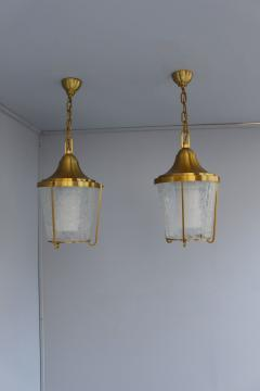 Jean Perzel A Pair of Hanging Bronze and craquel glass Lanterns by Jean Perzel - 2067094