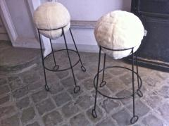 Jean Roy re Jean Roy re are documented set of 4 model yoyo bar stools - 1310302