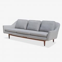 Jens Risom Jens Risom Model 2516 Sofa in Fog Gray Boucl with Walnut Base - 2022256