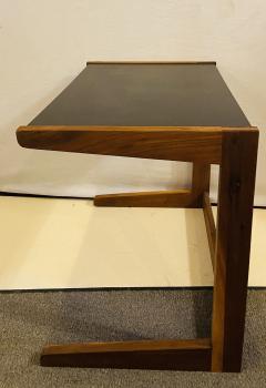 Jens Risom Mid Century Modern Set of Walnut Vinyl Nesting Side Tables By Jens Risom 1960s - 1479608