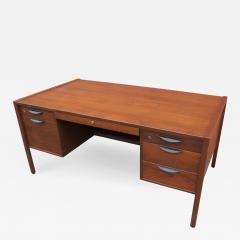 Jens Risom Midcentury Walnut Executive Desk by Jens Risom - 1236074