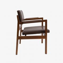 Jens Risom Set of 8 solid walnut and leather Jens Risom dining chairs - 907301