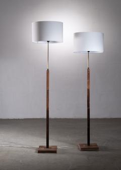 Jo Hammerborg Pair of Jo Hammerborg height adjustable wood and brass floor lamps - 1965183